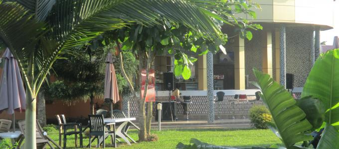kaliro country Resort Hotel min bar